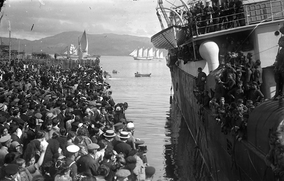 Guerra de Marrocos. Despedida das tropas da �ltima quinta que marchou a �frica. 1922.