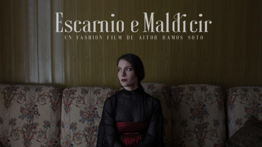 O filme dirixido por  Aitor Ramos Soto baséase nos deseños de Olaya de los Palos e inclúe tamén un poema dela en voz de Mela Casal