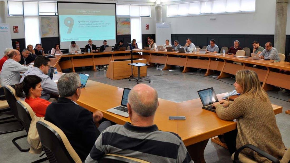 A Universidade de Vigo impulsa os itinerarios en galego en tres titulacións