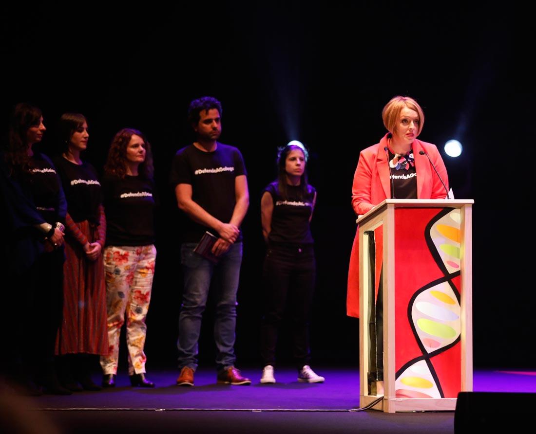 Sonya Lebedynski e a directiva de MAV no discurso de clausura.      Foto: Pixelin Photo