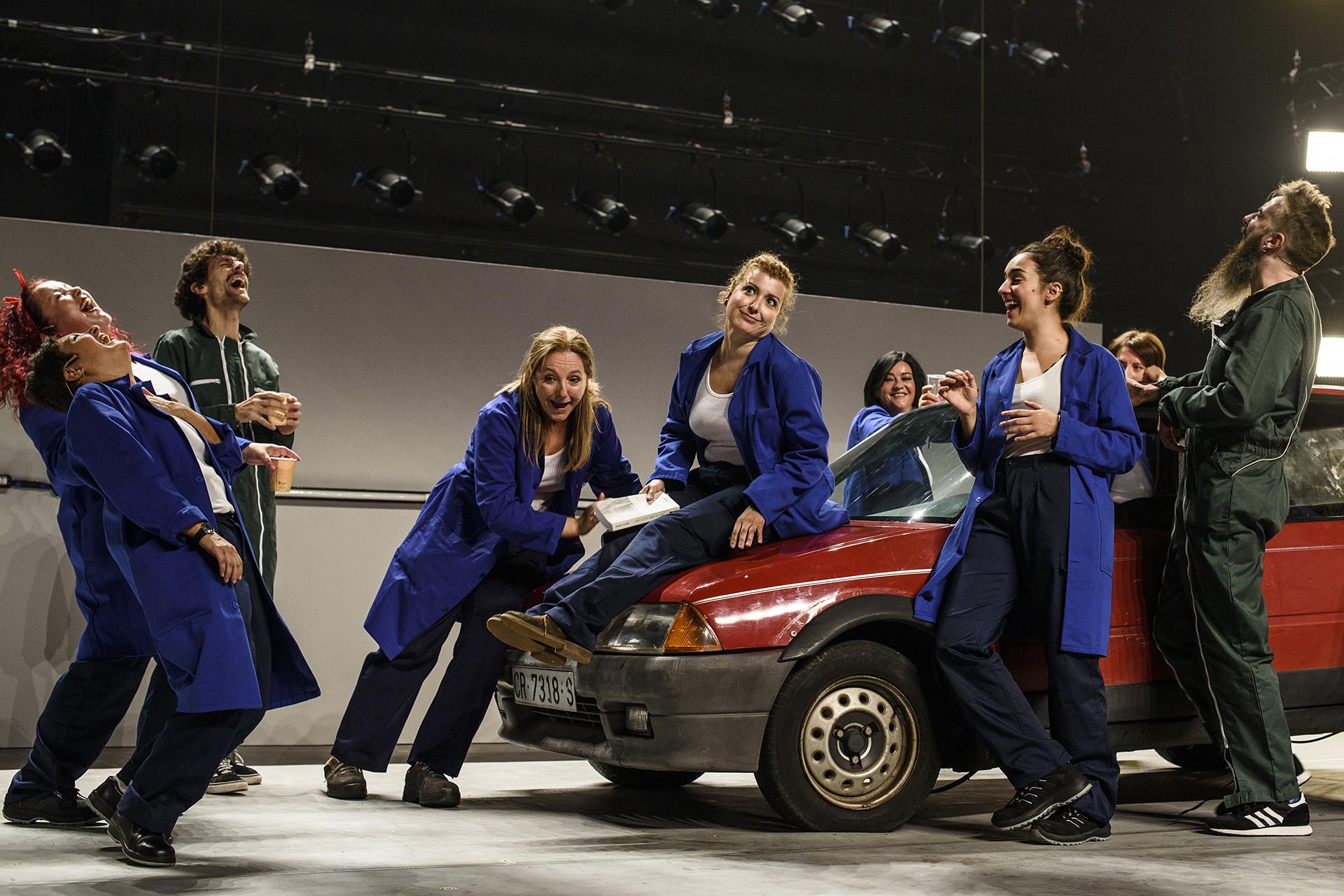 A compañía teatral engade a gravación da súa obra 'Garage' á canle de vídeos en aberto