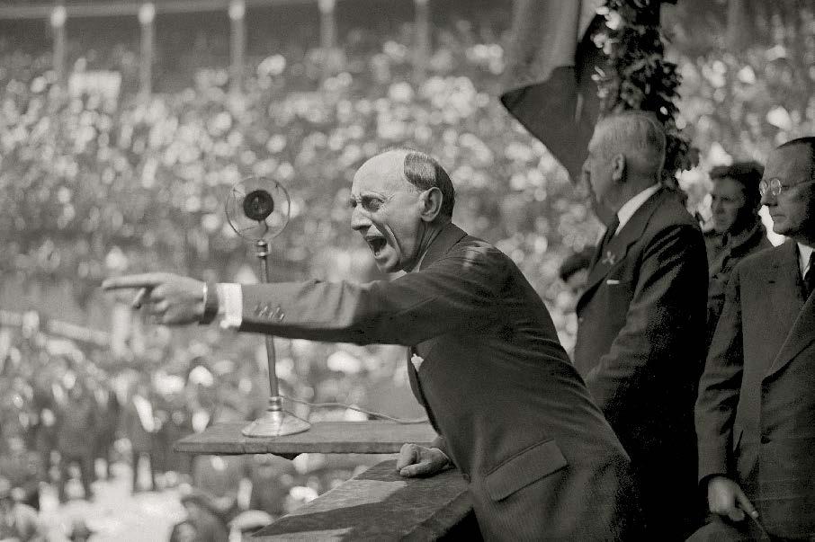 Intervenci�n de Casares Quiroga no mit�n de Izquierda Republicana. Praza de Touros da Coru�a. 27 de maio de 1935. Arquivo Cancelo