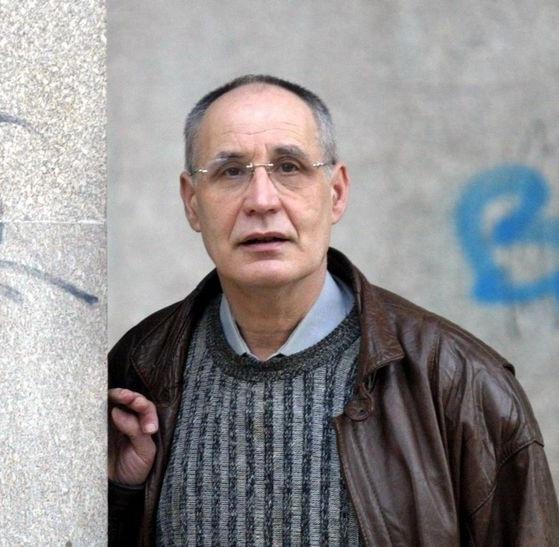Falece o profesor e escritor Maximino Cacheiro Varela