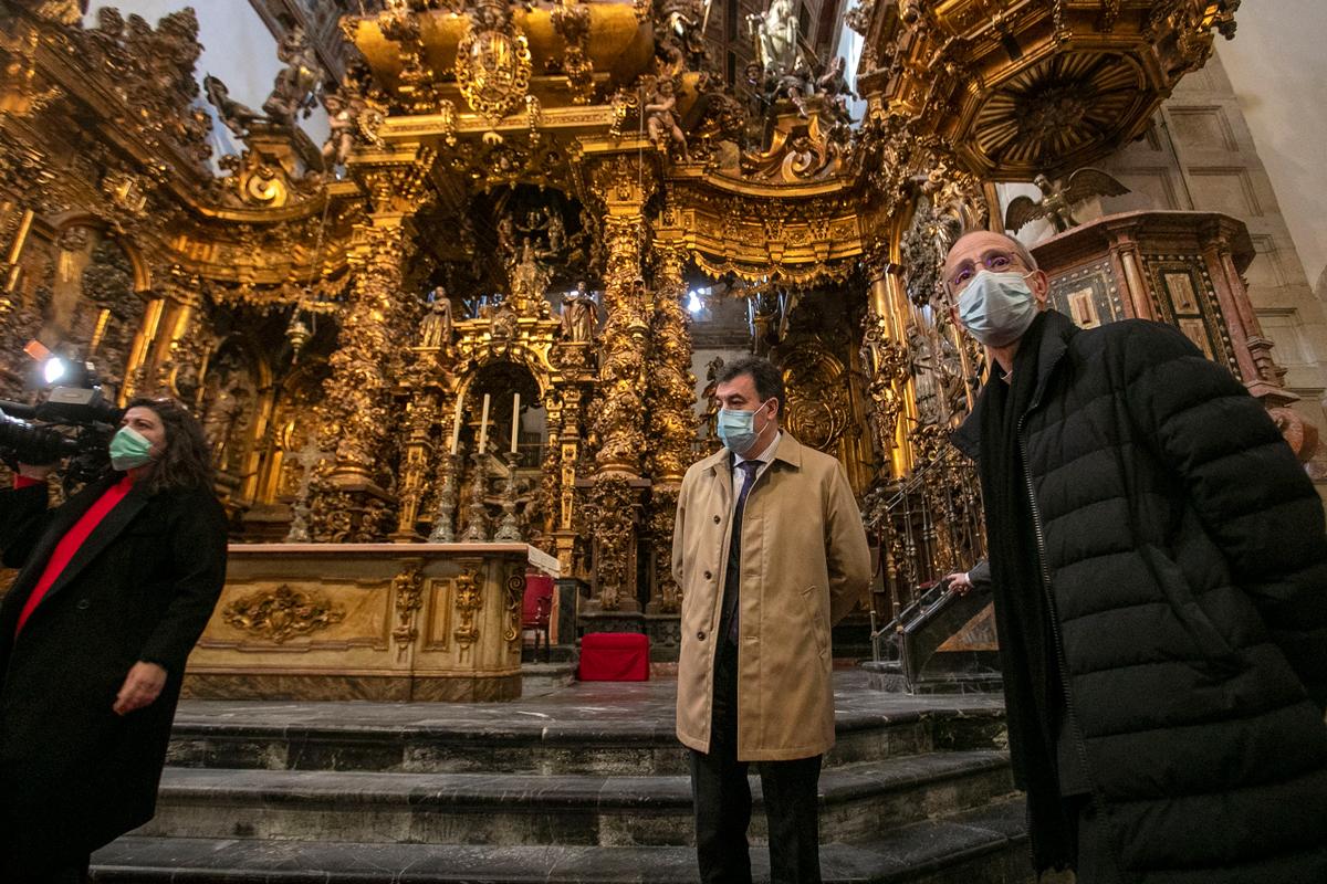 O decreto protexerá ata 200 bens do interior do inmoble e delimita a contorna de protección do mosteiro e outros monumentos próximos