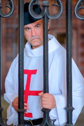 Suso Martínez como Nicolas de Neyra no Hostal dos Reis Católicos