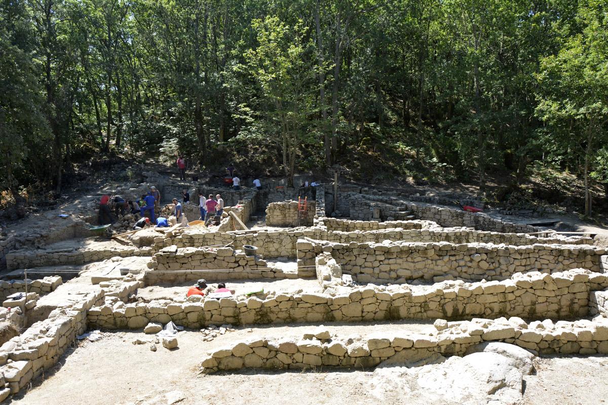 O verán enche Galicia de intervencións arqueolóxicas