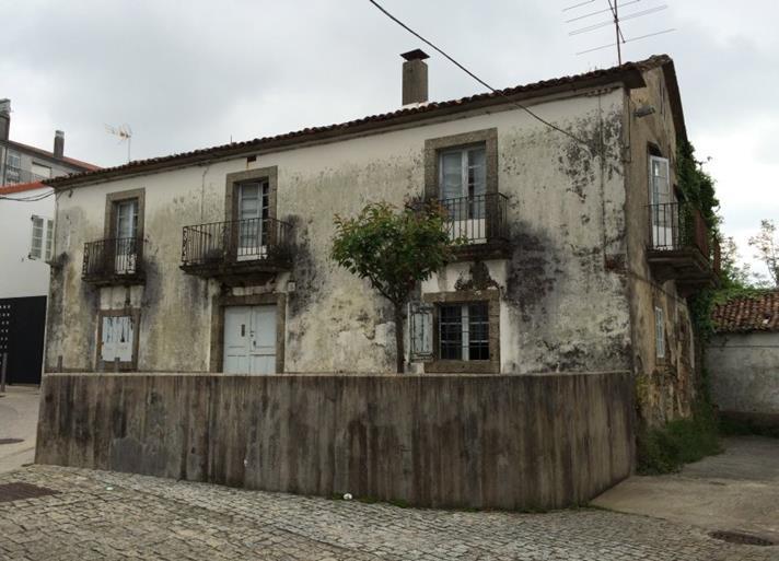 Licita as obras para amañar o edificio e os seus xardíns por 624.685 euros