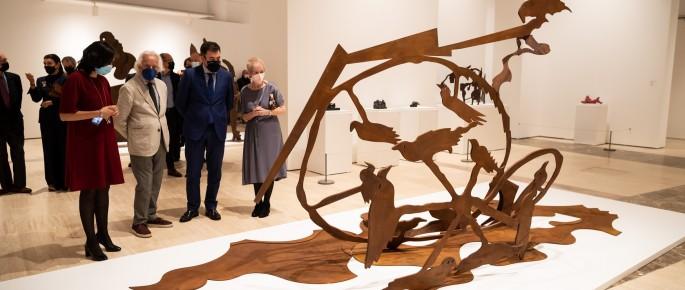 A retrospectiva percorre seis décadas de produción dun dos artistas galegos con máis proxección