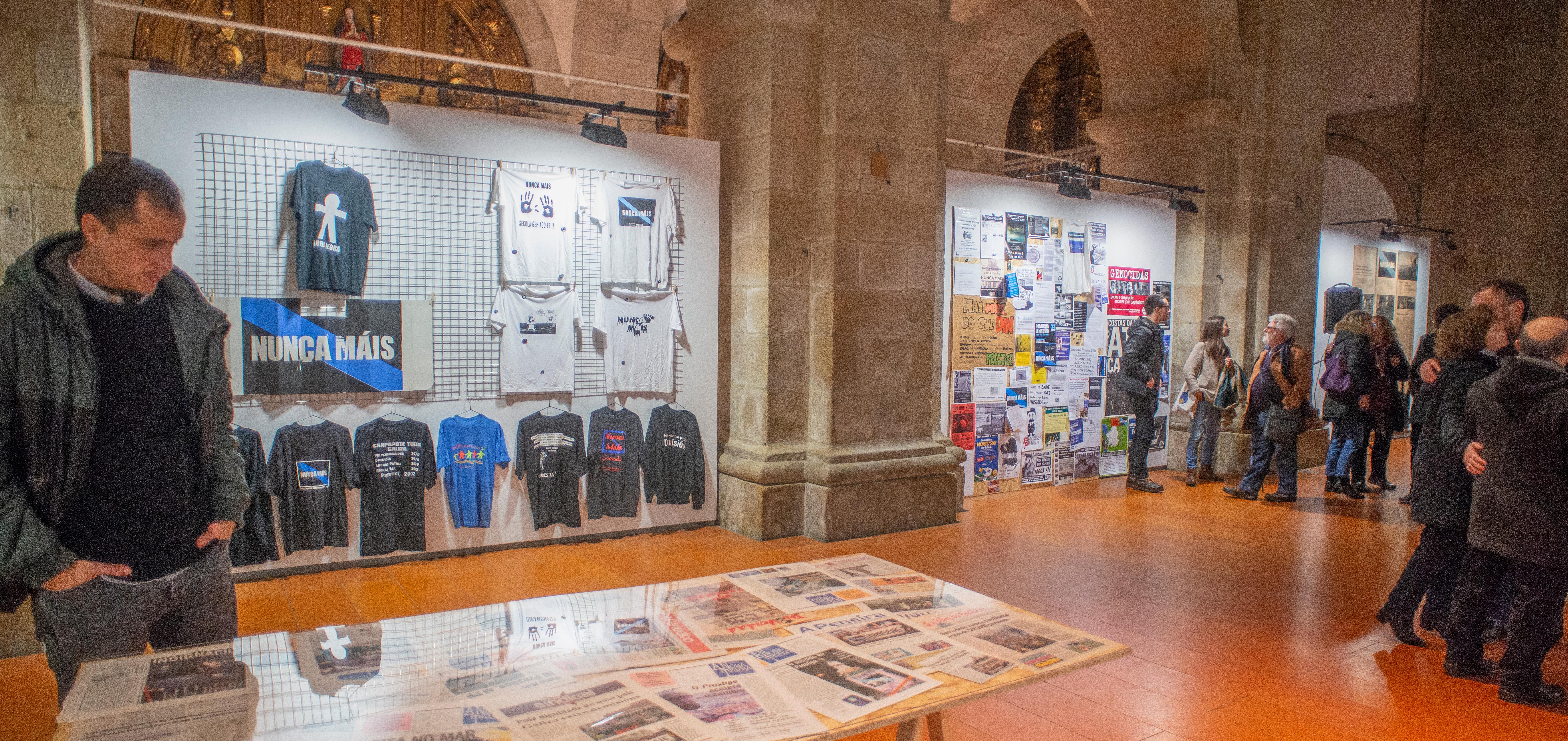 As exposicións do proxecto <i>Unha gran Burla Negra</i> recuperan a memoria gráfica das mobiliacións polo Prestige