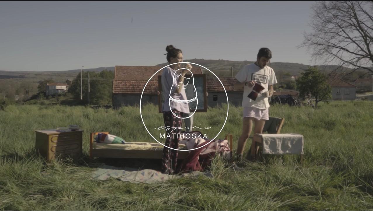 O colectivo Espacio Matrioska transforma a súa aldea mediante residencias creativas