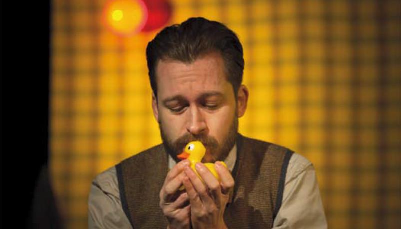 As producións de pequeno formato e o público familiar imperan no teatro galego