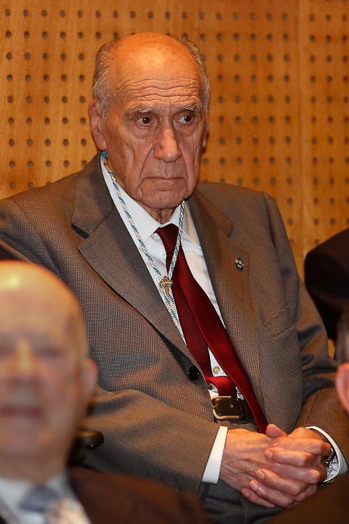 O investigador compostelán era membro da Real Academia Galega de Ciencias