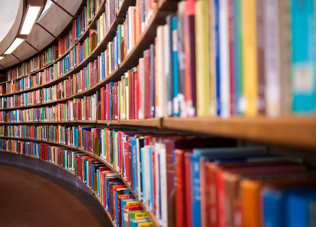 Os préstamos das bibliotecas galegas poñen en valor os libros alén das novidades