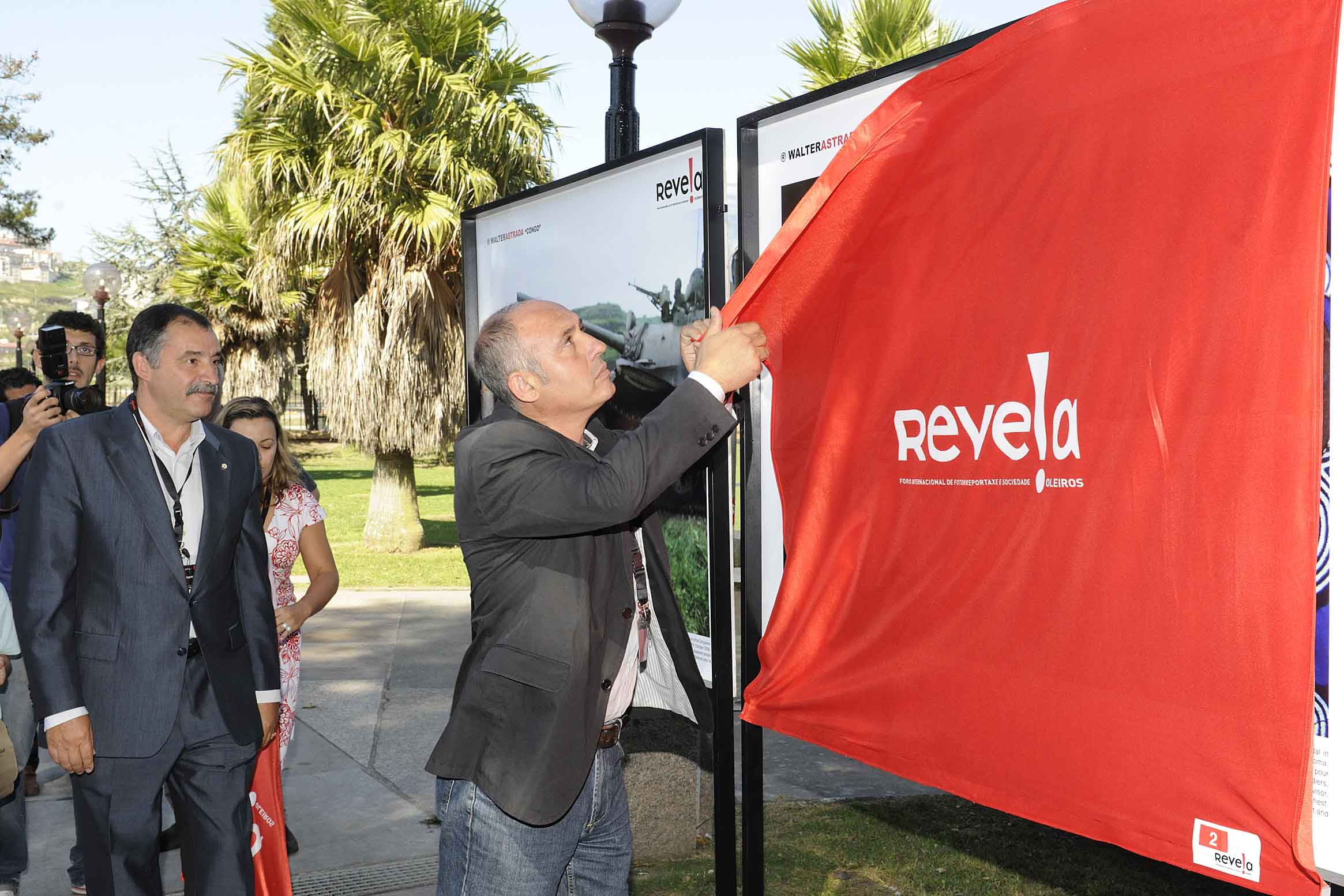 Inauguraci�n de Revela 09