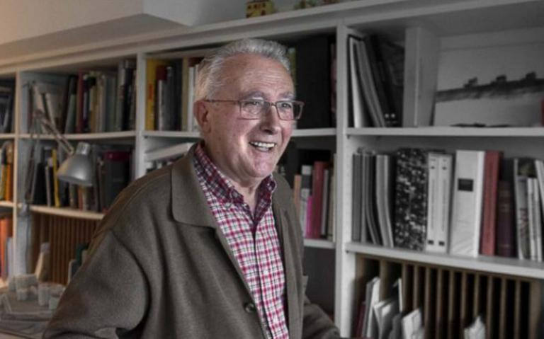 Xa obtivera o galardón en 1997 polo seu proxecto para o Museo de Belas Artes da Coruña