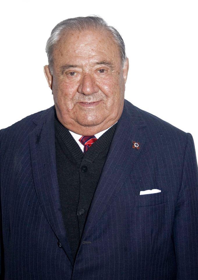 Foi fundador do Seminario de Estudos Galegos e vicepresidente do Consello da Cultura Galega