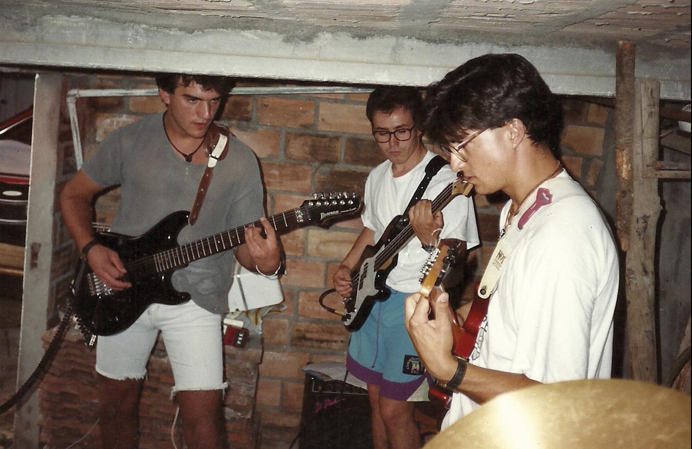 As cabezas contra as vigas no gali�eiro de Poi (1992) Foto: Cortes�a Eds. Xerais