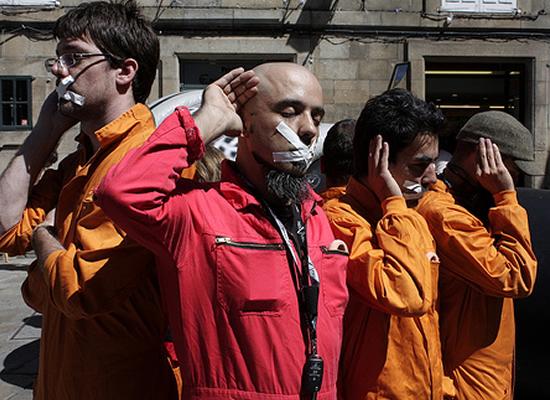 Escoitar.org reivindicou a auralidade en Compostela mediante o seu Macrófono