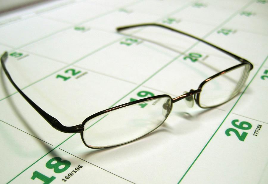 O debate sobre manter como festivo o Día das Letras revive canda a outras cuestións sobre esta data