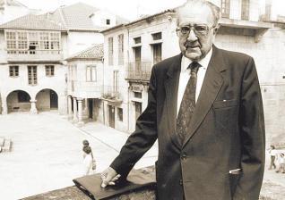 Xerais presenta aos medios unha biografía do polígrafo pontevedrés