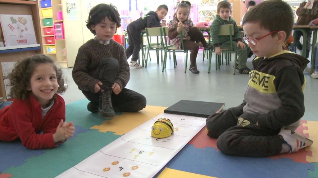 O colexio dos Dices estende a robótica ás aulas de Infantil