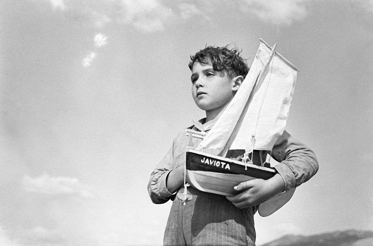 A gran exposición sobre o vangardista fotógrafo remata o seu percorrido de seis anos
