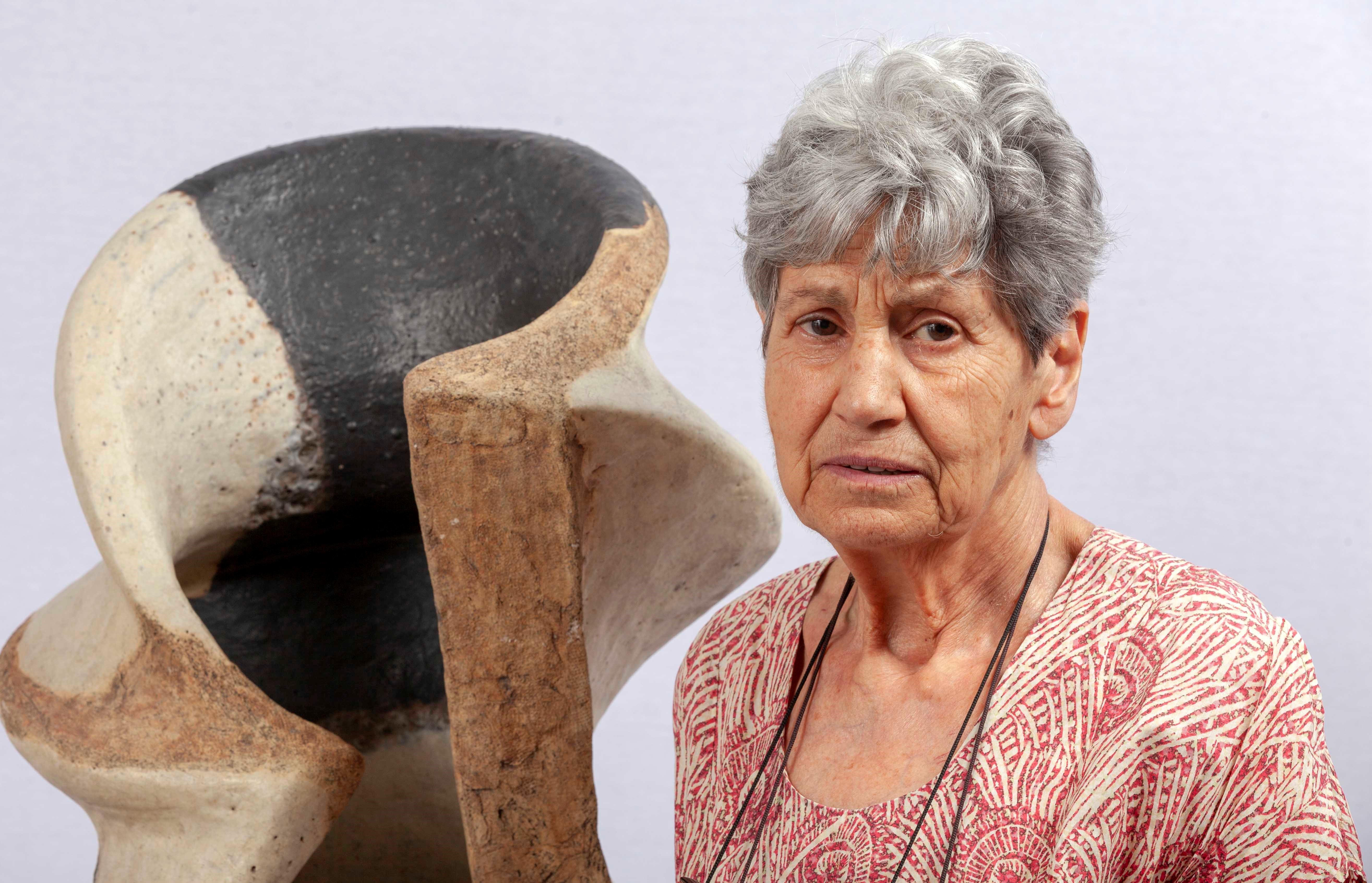 Destacou no uso da cerámica como soporte escultórico