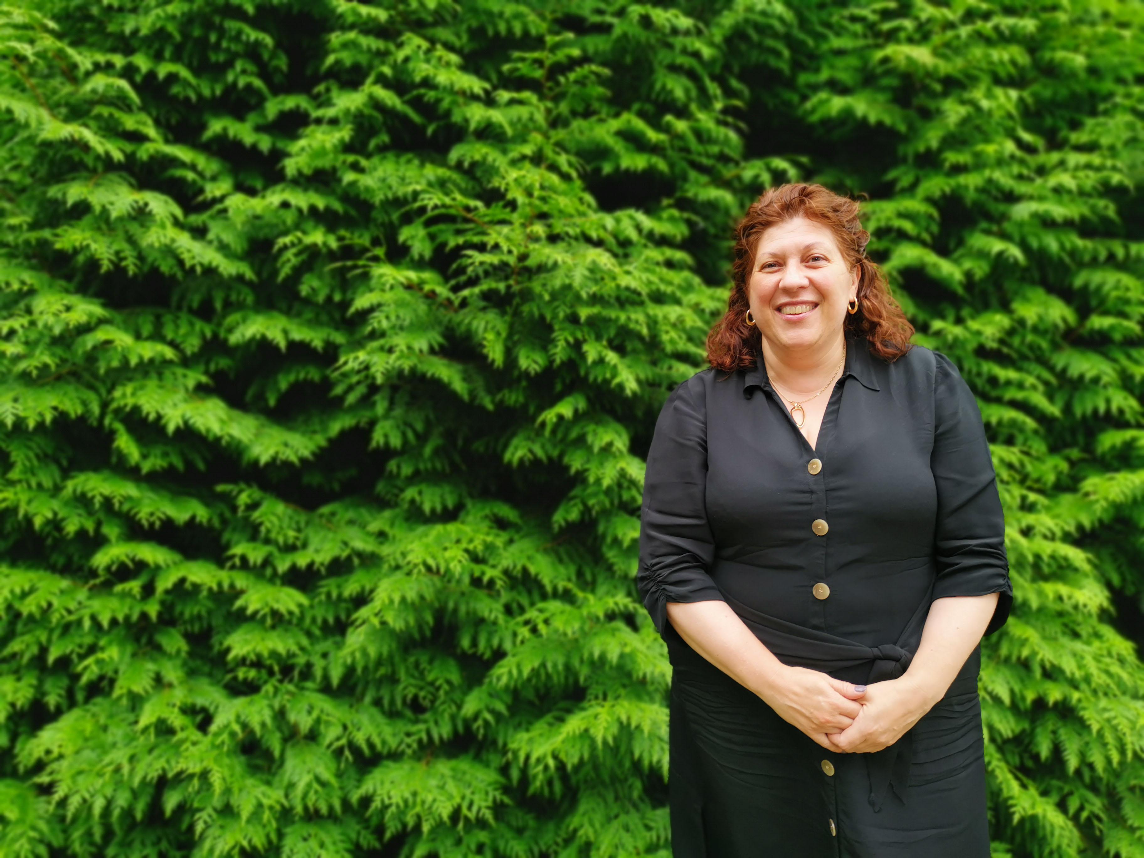 Rebeca Blanco, coordinadora de Patrimonio Cultural do CCG, explica o proceso do traballo do foro sectorial