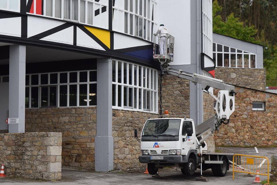 Patrimonio abriu expediente sancionador a Sargadelos por pintar o complexo de Cervo