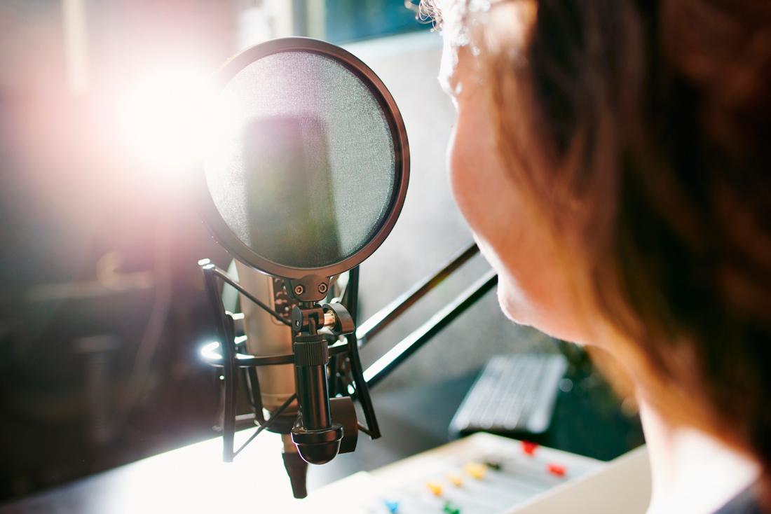 Vai dirixido a centros escolares e as pezas vencedoras emitiranse pola Radio Galega