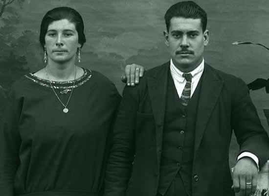 Unha exposición analiza e documenta o retrato de estudo en Galicia
