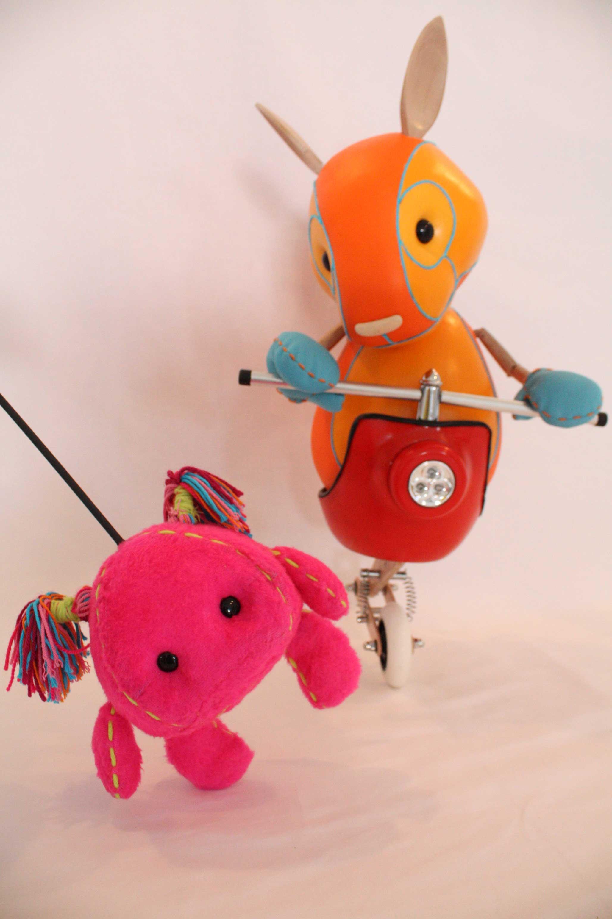 Galitoon prepara novo monicreques nun espectáculo pensado para nenos e papás