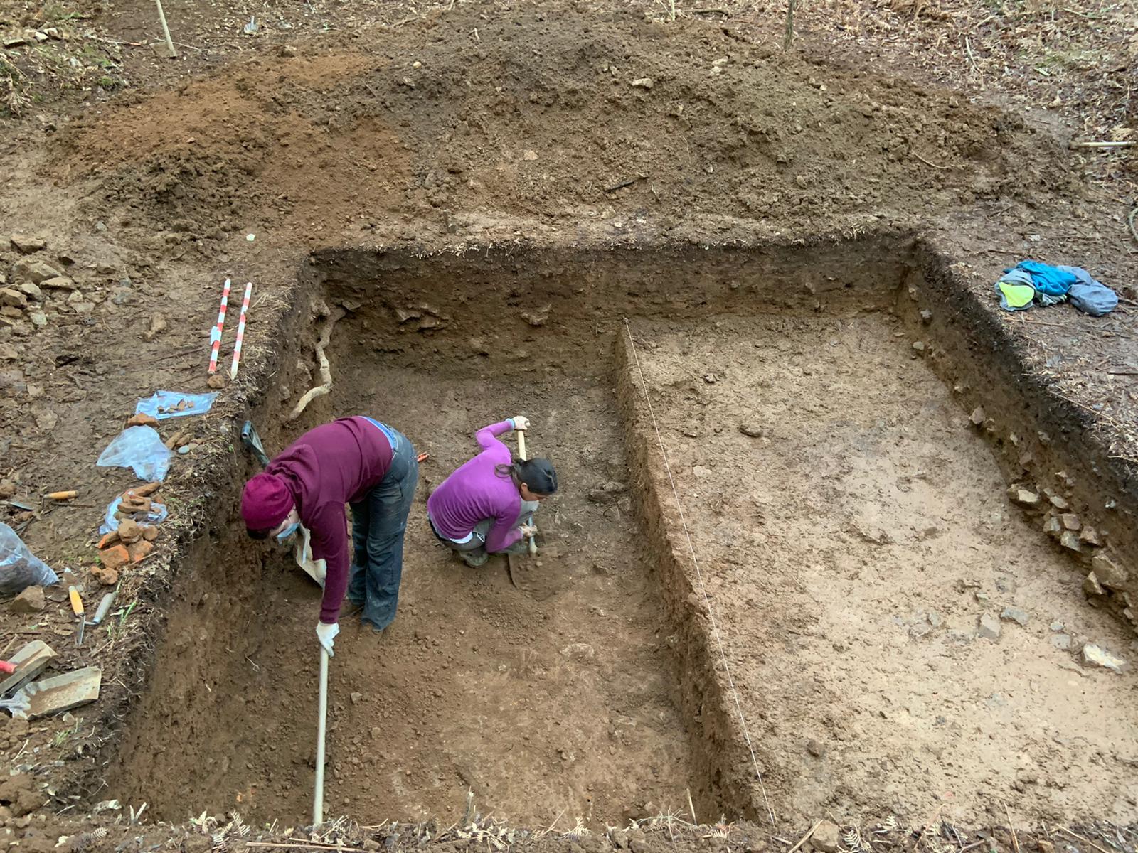 Os arqueólogos identifican en Vila de Cruces un tipo de fortificación ata agora non documentada en Galicia