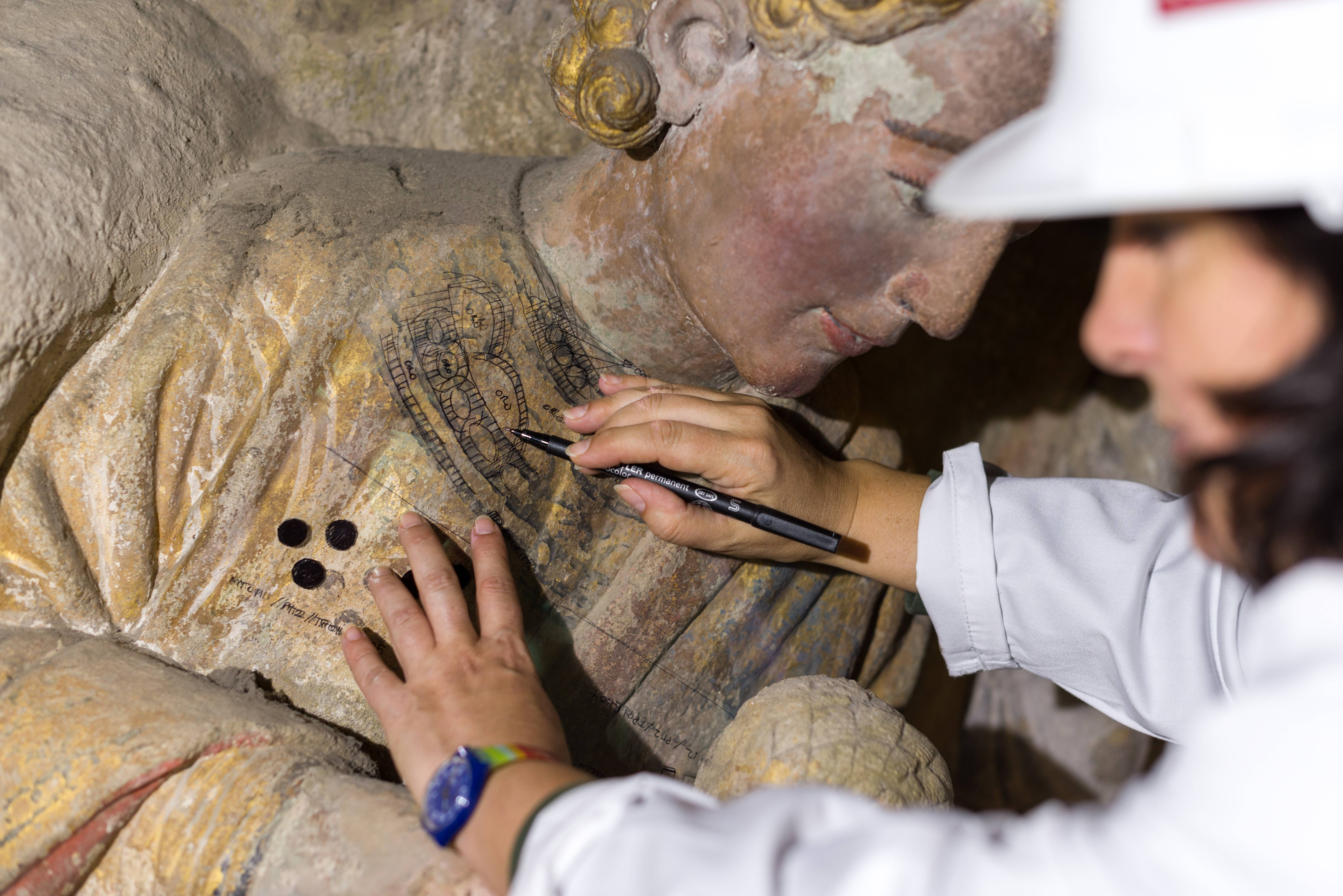 O II Simposio Andrew Mellon reúne especialistas en arte e restauración en Compostela