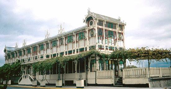 O pavillón modernista construiuse orixinalmente en 1912 na Coruña
